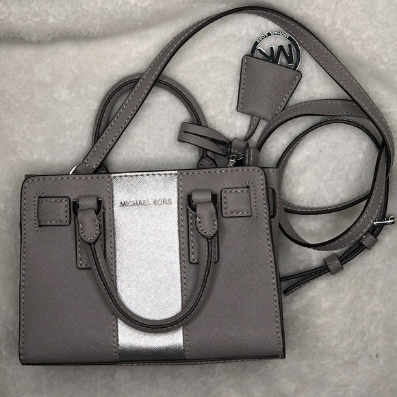Michael Kors Handbags - Michael Kors Purse Cross Body